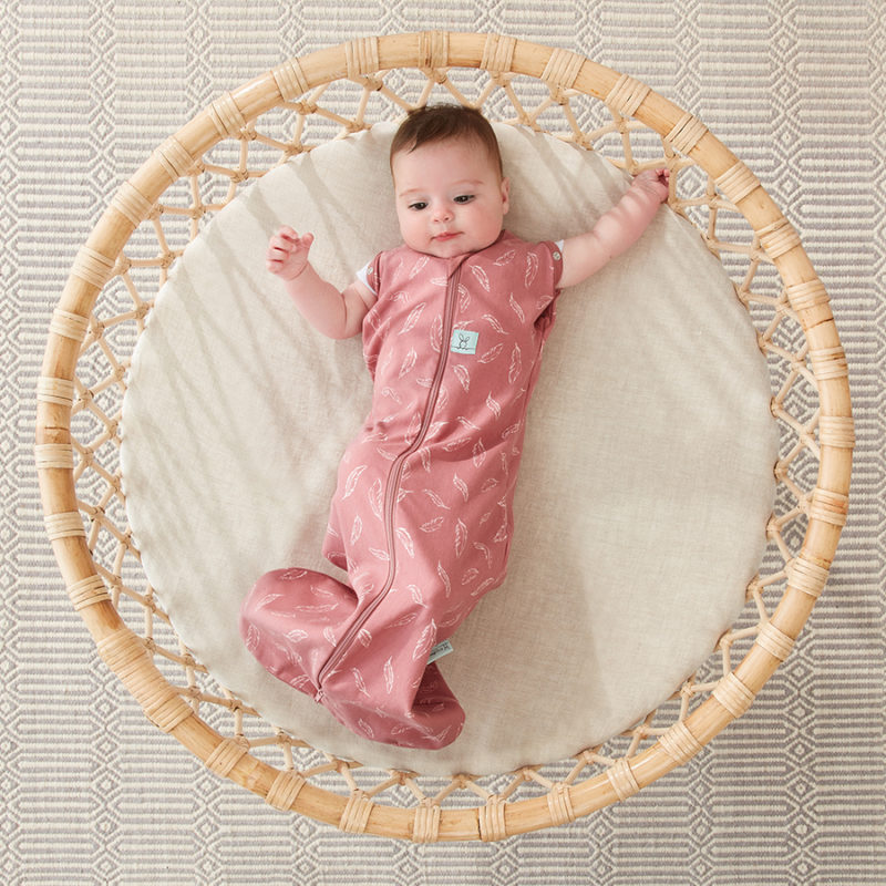 Swaddle_Quill_ArmsOut